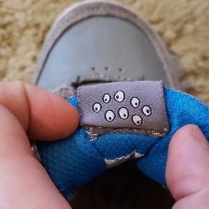 Kids Shawn White Gray Velcro Sneakers